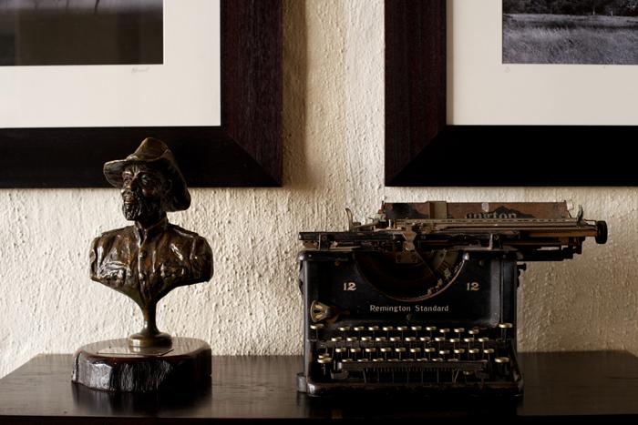 Bust of Winnis Mathebula and Old Typewrite at Varty Camp