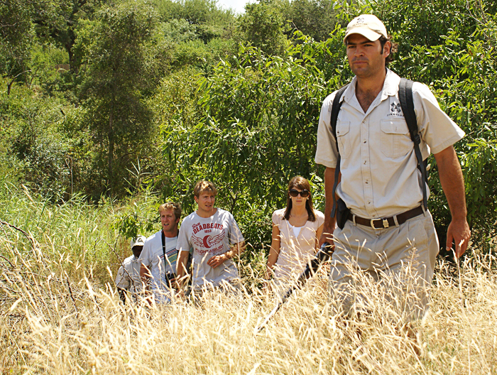 Neutral colored clothing when out on a bushwalk helps you to blend in with greater ease