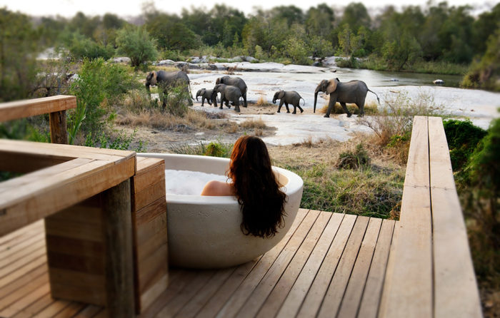 The Outdoor Bathtub at the Private Granite Suites