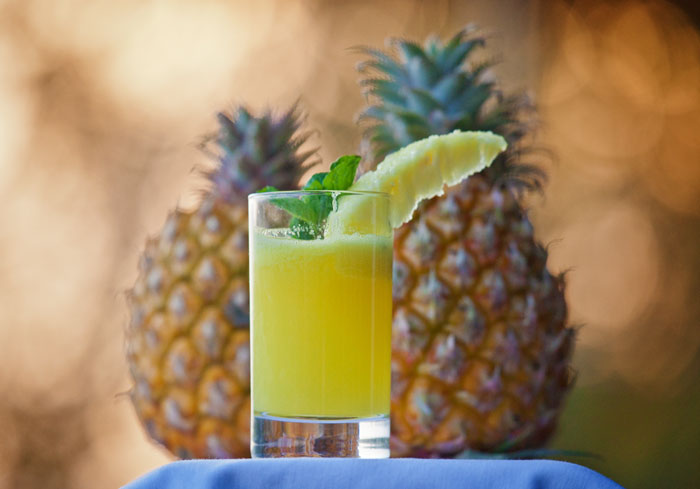 Pineapple-juice-with-pineapple