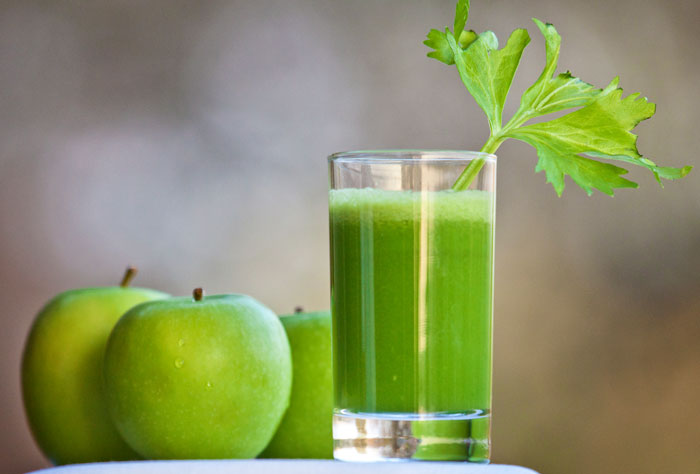 Celery-Juice-and-Apples