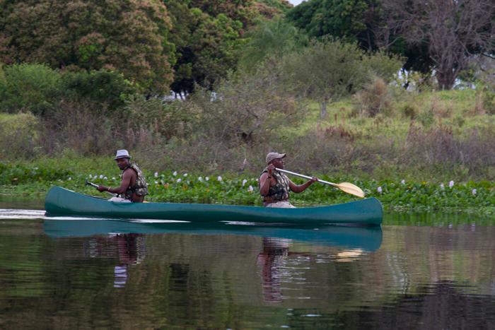 Trackers-on-the-canoe2