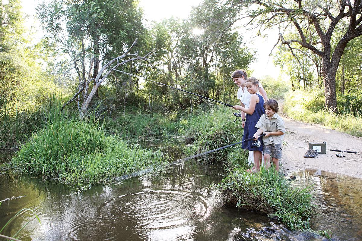 londo_cubs_fishing2