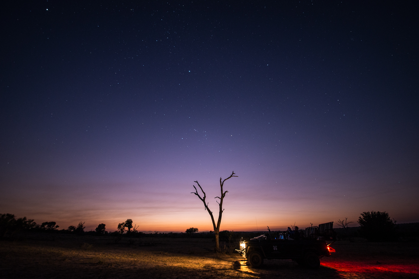 dusk vehicle
