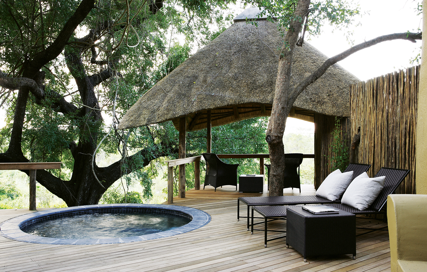 varty-camp-plunge-pool-and-sala