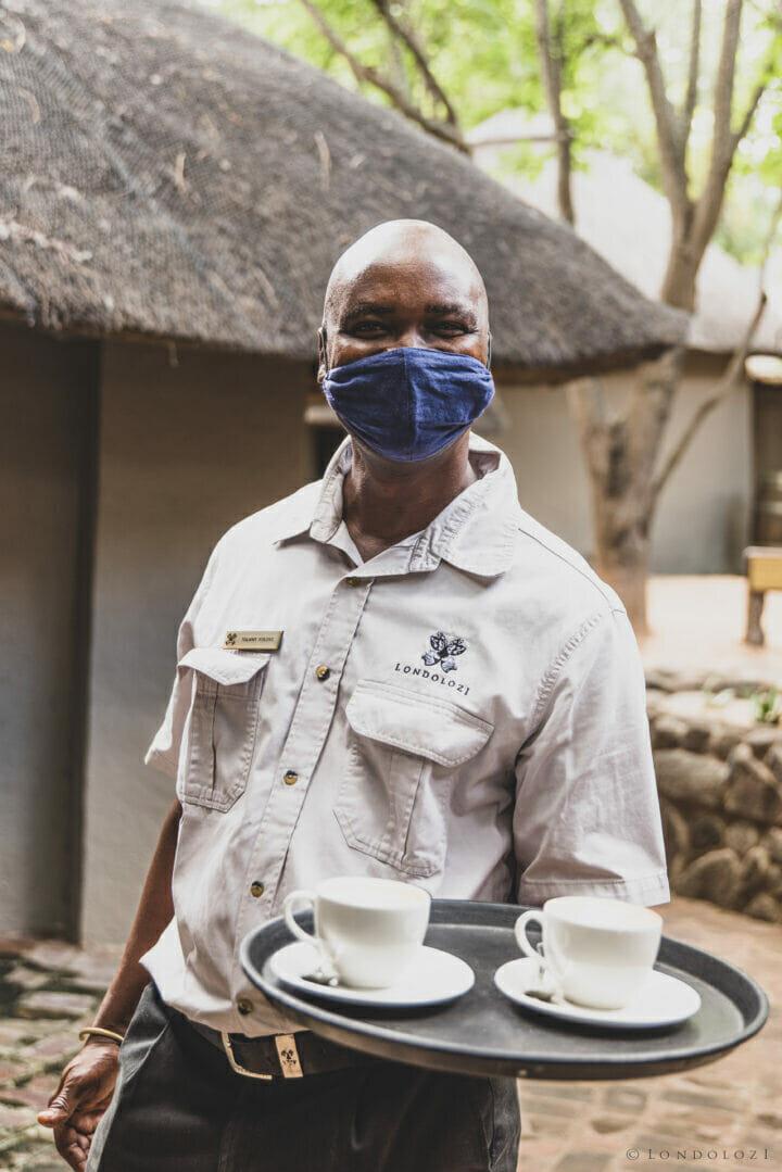 Londolozi Staff Masks A Ritchie 8858